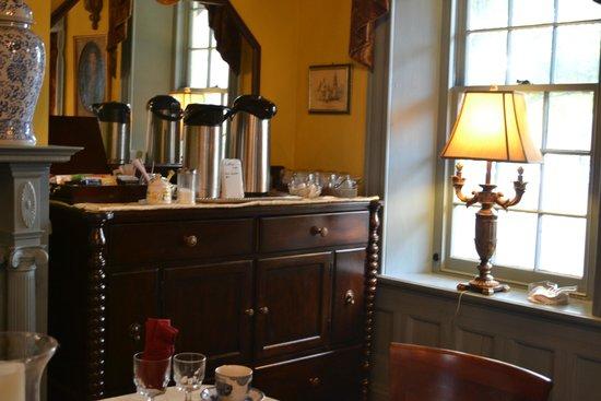 Casa de Solana Bed and Breakfast : Breakfast room