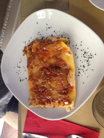 Oltrarno 14: Lasagne, delicate and equisite