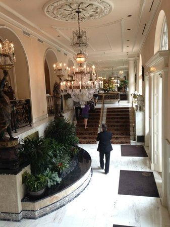 Omni Royal Orleans: Front entrance/lobby area