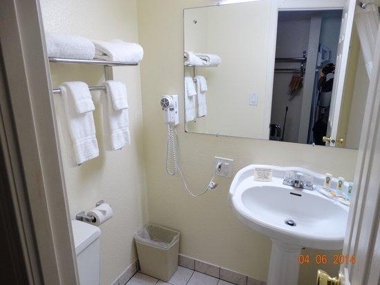 Quality Inn & Suites Seattle: Quarto de banho