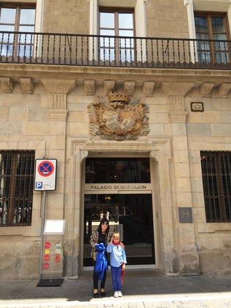 Hotel Palacio Guendulain: Hotel palacio de guendulain es espectacular