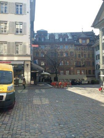 Altstadt Hotel Krone Luzern: Vista desde el comedor del hotel