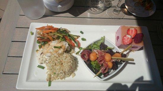 Palm Ray Plage: Grande assiette