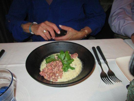 De Stove : Scampi in a truffle cream sauce