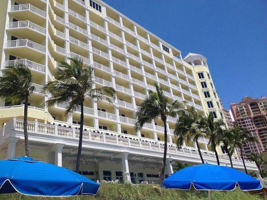Pelican Grand Beach Resort, A Noble House Resort: Pelican
