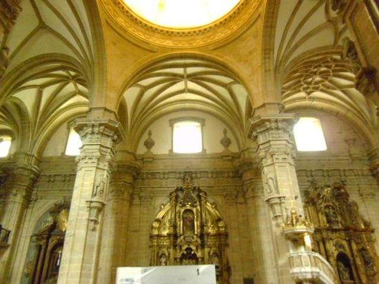 Iglesia de Santa Maria del Coro : Santa Maria