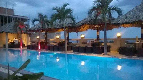 Mui Ne Hills Budget Hotel: Breeze restaurant