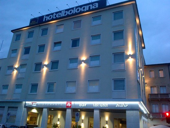 Best Western Plus Hotel Bologna: Hotel