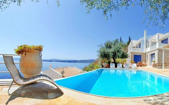 Corfu Luxury Villas: Pool Area