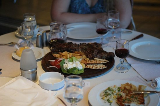 Stanley Hotel: Мясо!!!