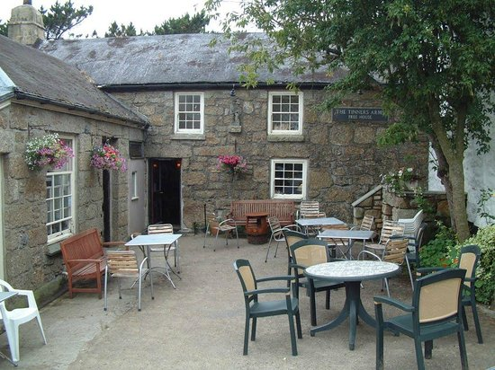The Tinners Arms: Tinners Arms Zennor