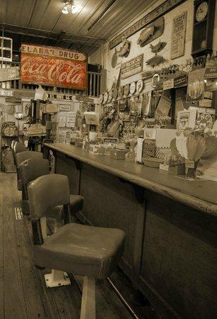 Jefferson General Store : Soda counter