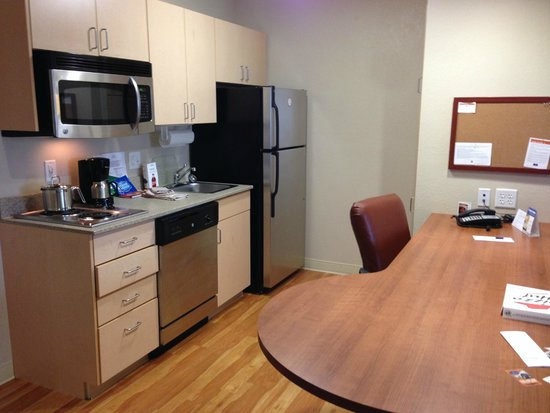 Candlewood Suites Leray-Watertown: Suite - Kitchen Area
