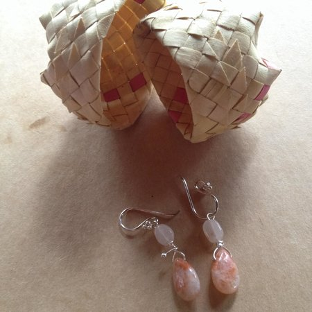 Grumblin' Granny's: Beautiful earrings I just bought for $14. Instead of a plastic shopping bag they gave them to me
