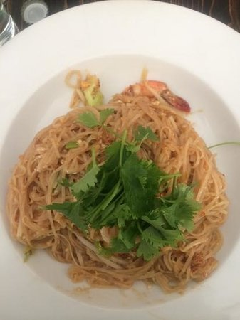 My Thai Restaurant: prawn pad thai