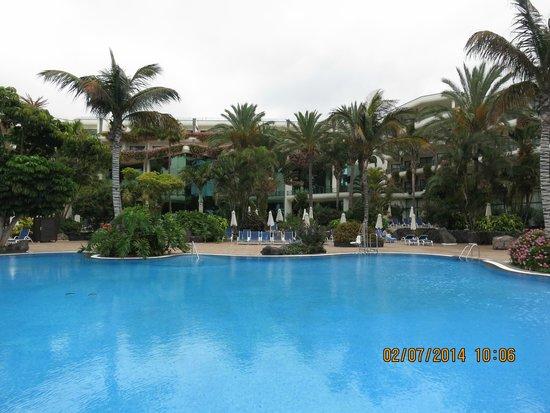 Hipotels Natura Palace: pool area