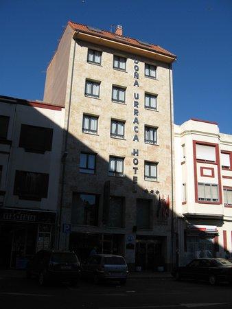 Hotel dona Urraca: El Hotel Doña Urraca en agosto de 2010