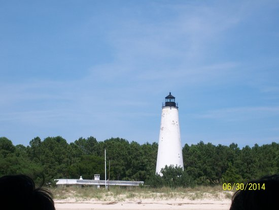 Rover Boat Tours - Carolina Rover : GeorgeTown lighthouse