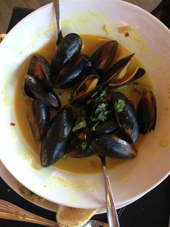 Hotel Sutter: Steamed Mussels in a Thai lemon curry sauce - Unbelievable! I ate 1/2 before I took the picture!