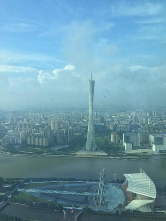 Four Seasons Hotel Guangzhou : Canton Tower