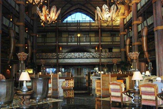 Disney's Animal Kingdom Lodge : Gorgeous lobby