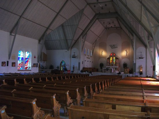 Sanctuaire Sainte-Anne-de-la-Pointe-au-Père : L'église Sainte-Anne-de-la-Pointe-au-Père