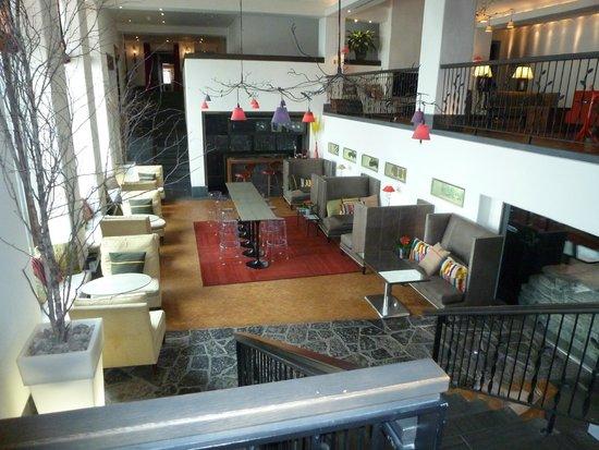 Auberge Saint-Antoine: Lobby Restaurant/Bar