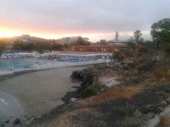 Alborada Beach Club: beach next to the hotel