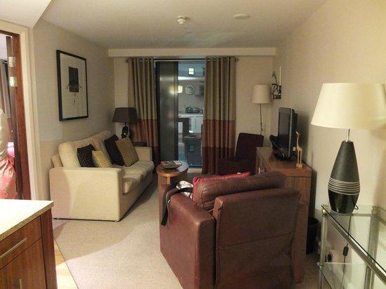 Staybridge Suites Newcastle : Lounge area