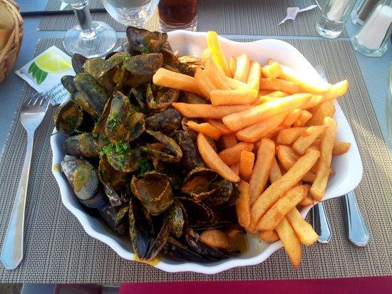 Nausicaa : moules des Charentes au curry/pineay