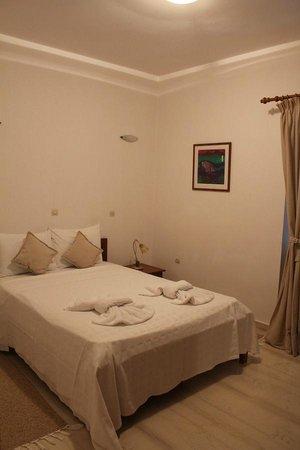 Vardia Hotel: Спальня 2