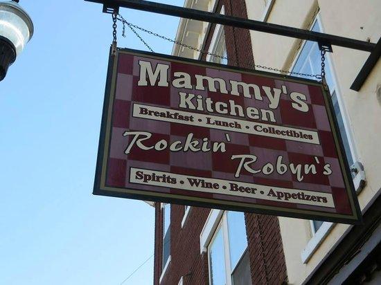 Mammy's Kitchen : Sign outside