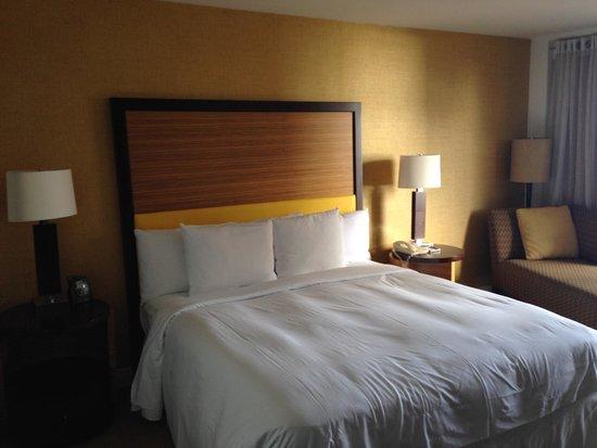 Hilton Waikiki Beach: Room