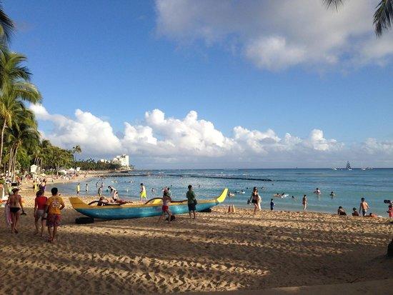 Hilton Waikiki Beach: Beach is about 3 minutes walk away
