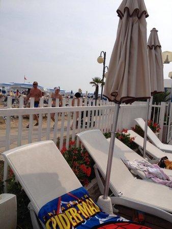 Rivamare Hotel: spiaggia
