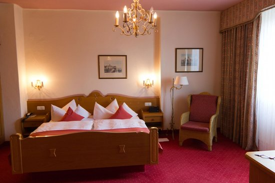 Reindl's Partenkirchner Hof: Bedroom