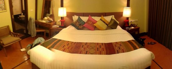 Viang Thapae Resort: room