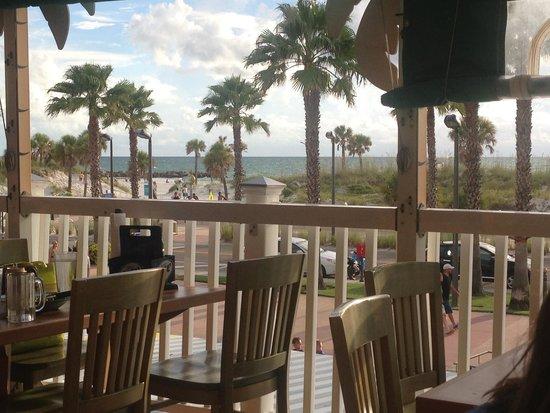 Crabby's Beachwalk Bar & Grill: Upper level Gulf view