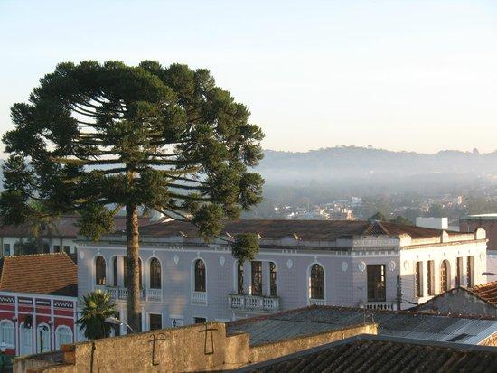 Buganville Palace Hotel: Vista do quarto lateral