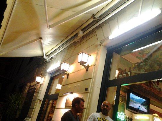 Pizzeria Dal Bersagliere: altro particolare ingresso