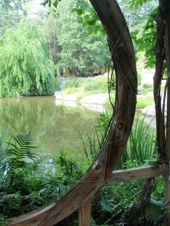 Stonecrop Gardens: Refreshing vistas