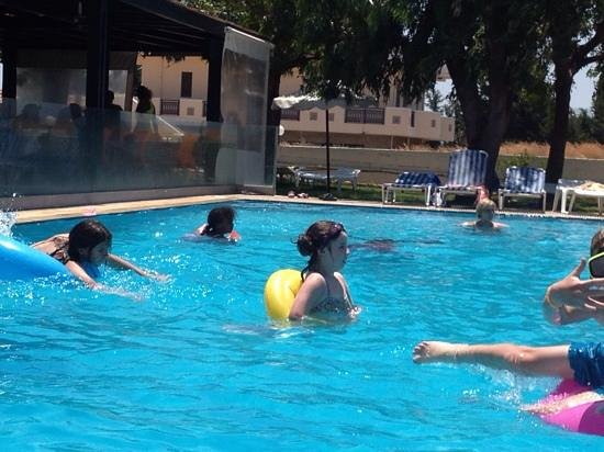 Rodos Star Hotel: the pool