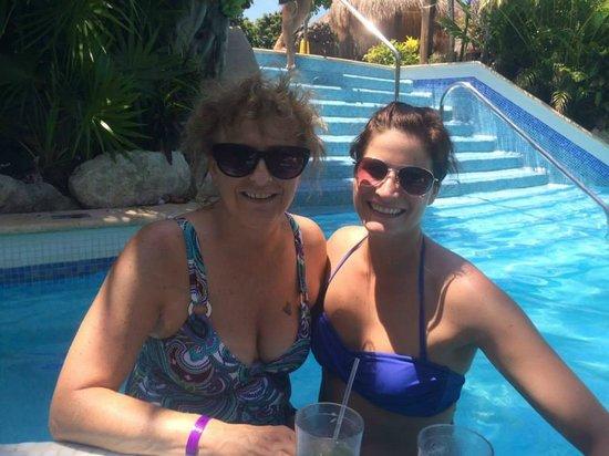 Iberostar Tucan Hotel: At the Adult Pool Bar