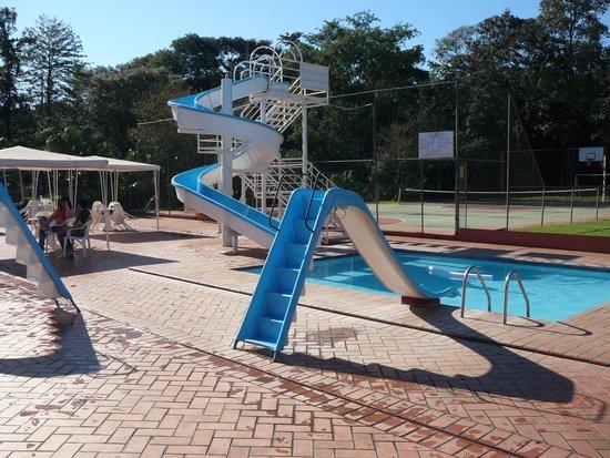 Hotel Nacional Inn Foz do Iguacu: вид на бассейн
