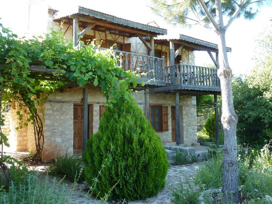 Hoyran Wedre Country Houses: Rooms all have terrace or balcony