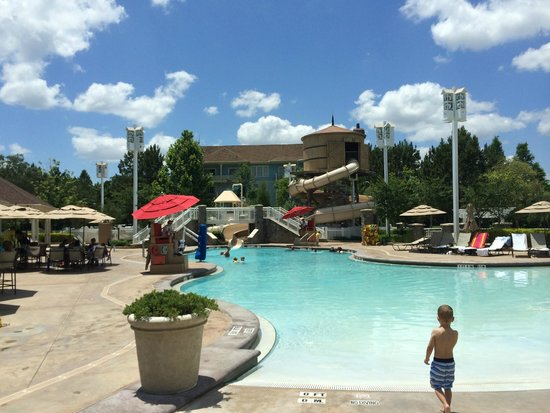 Disney's Saratoga Springs Resort & Spa : This pool was our favorite! Great snack bar options too.