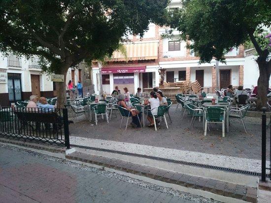Terraza bar higuitos picture of bar higuitos almunecar for Terraza bar