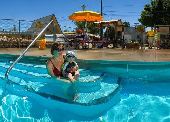Missoula KOA: Pool (Seasonal)