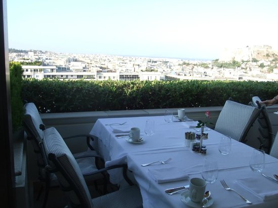 Hotel Grande Bretagne, A Luxury Collection Hotel: Breakfast table