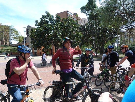 Bogota Bike Tours: Tour leader talk